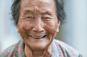 shooting_elderly_portraits_for_a_cause_by_dannyst-d5fycli